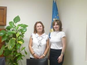 La presidenta de la Federación de las Casas Regionales y la directora general de Participación Ciudadana, María Barrios/gva
