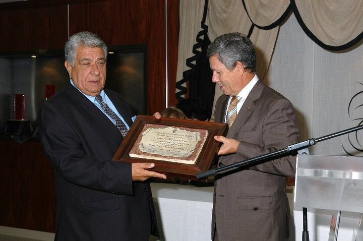 El presidente de la Casa de Murcia y Albacete, Blas García, a la derecha/josé maría