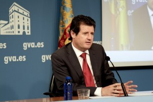 El vicepresidente Císcar en la rueda de prensa ofrecida ayer/gva