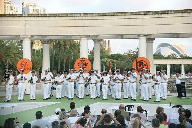 La banda de cornetas y tambores Mare Nostrum en una de sus participaciones en el certamen de la Feria de Julio/eoselblog