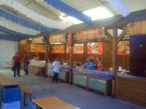 Area de los pabellones de MasGalicia donde se sirve la comida/vlcciudad