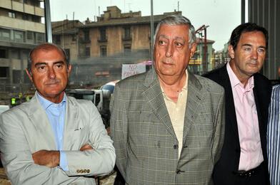 El concejal de Circulación, Alfonso Novo, la izquierda, con dirigentes de la Conselleria de Infraestructuras