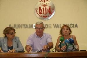 La concejala Pilar Soriano en un momento de su intervención en la comparecencia de hoy/Compromís