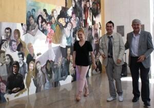 El pintor benidormense en la inauguración de una exposición
