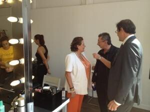 Rita Barberá atiende las explicaciones de Alex Vidal/b.s.
