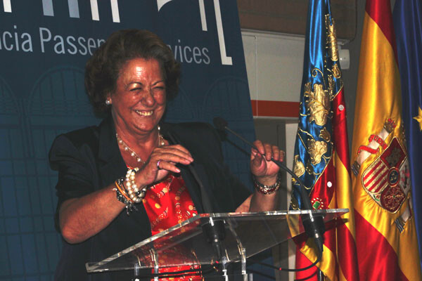 Rita Barberá durante su intervención en la inauguración de la terminal de cruceros