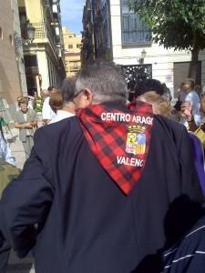 El presidente del centro aragonés en la plaza del Pilar/vlcciudad