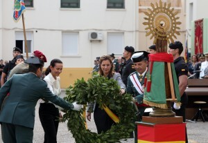 Un momento de la Ofrenda a la imagen de la Virgen del Pilar/delgobvlc