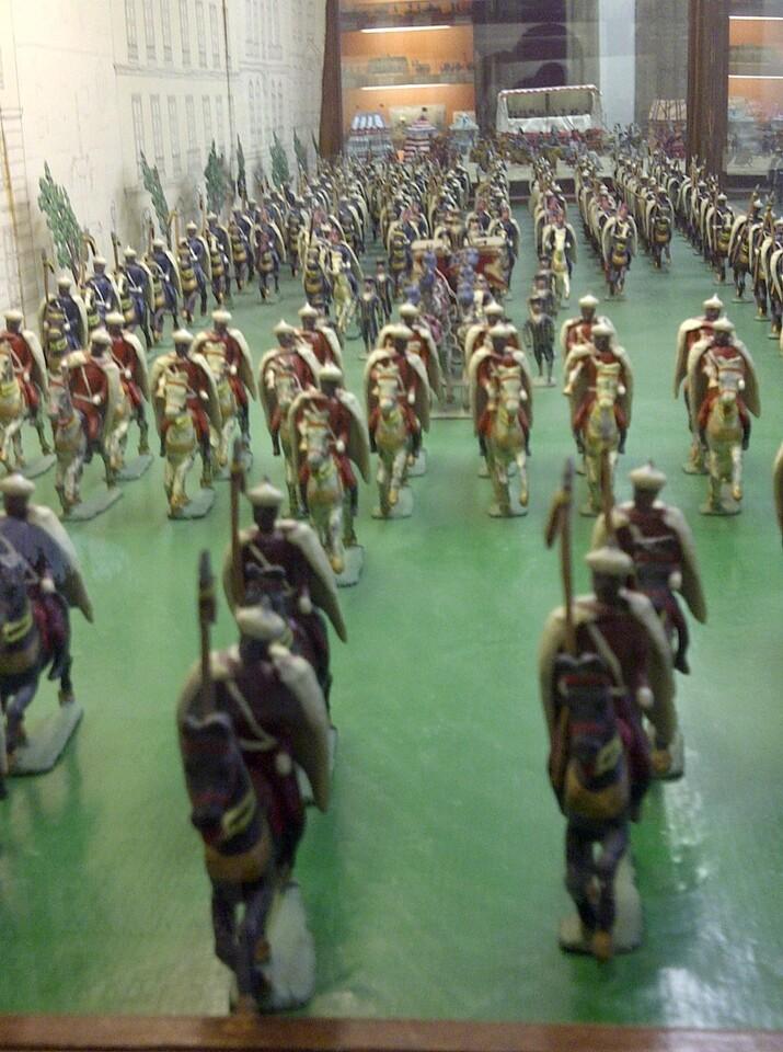 Una de las escenas con tropas de la Guardia del dictador Franco/vlcciudad