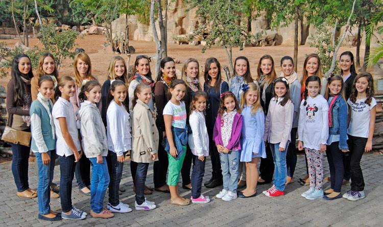 Las 26 candidatas a Fallera Mayor de Valencia 2013, en Bioparc