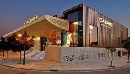 Entrada principal del Casino Cirsa Valencia