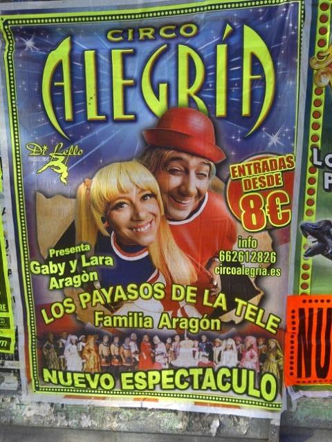 Los carteles anuncian en las calles la llegada del primer circo de la temporada a Valencia/vlcciudad