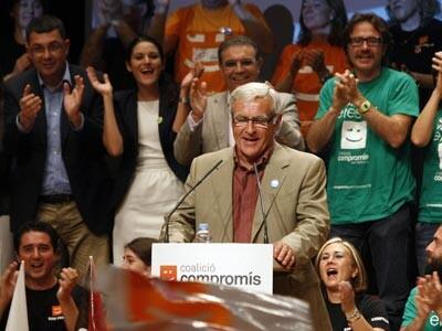 Joan Ribó durante un mitin en campaña electoral