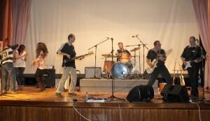 El grupo Kenósis actuó en el concierto/javi peiró