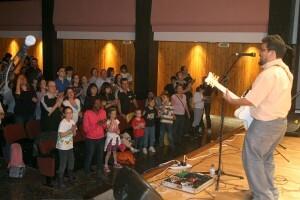 El público participó en el concierto/j.peiró