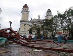 Iglesia afectada por el huracán Sandy