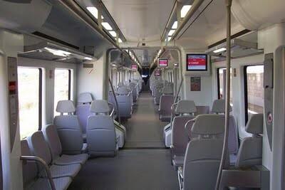 Interior de un tren de cercanías