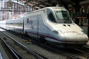 Una de las unidades del AVE Valencia-Madrid