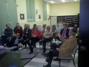 Dominguez explica a los representantes vecinales las medidas del Plan MAS en el Cabanyal/vlcciudad