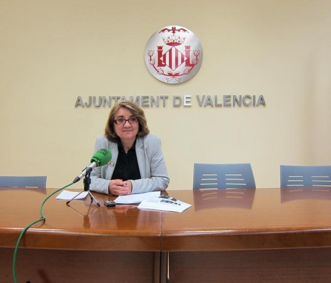 Consol Castillo en la sala de prensa del Ayuntamiento de Valencia