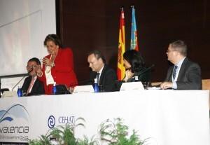 La alcaldesa durante su parlamento a los hoteleros de toda España/ayto vlc