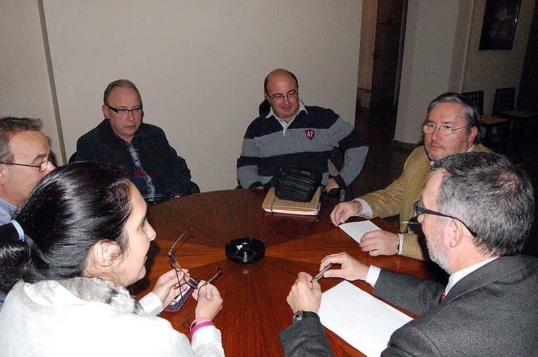 Reunión entre el Secretario General de la JCF y los directivos del Gremio de Artistas Falleros/JCF