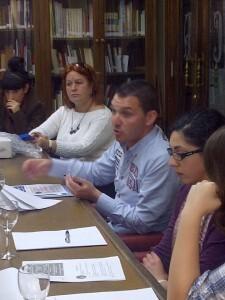 El presidente de la Casa de Andalucía del Puerto de Sagunto durante la charla/vlcciudad