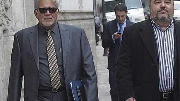 Mario Alvarado y al lado su socio Jarque/teletica