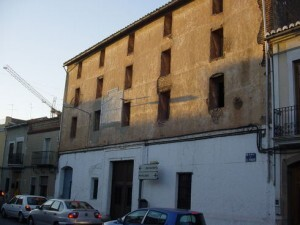 Edificio de Massarrojos que conserva un reloj de sol