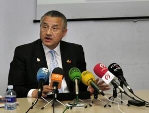 El edil Miquel Dominguez en una rueda de prensa