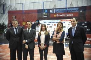Las autoridades presentes en el acto de presentación del torneo/ayto vlc