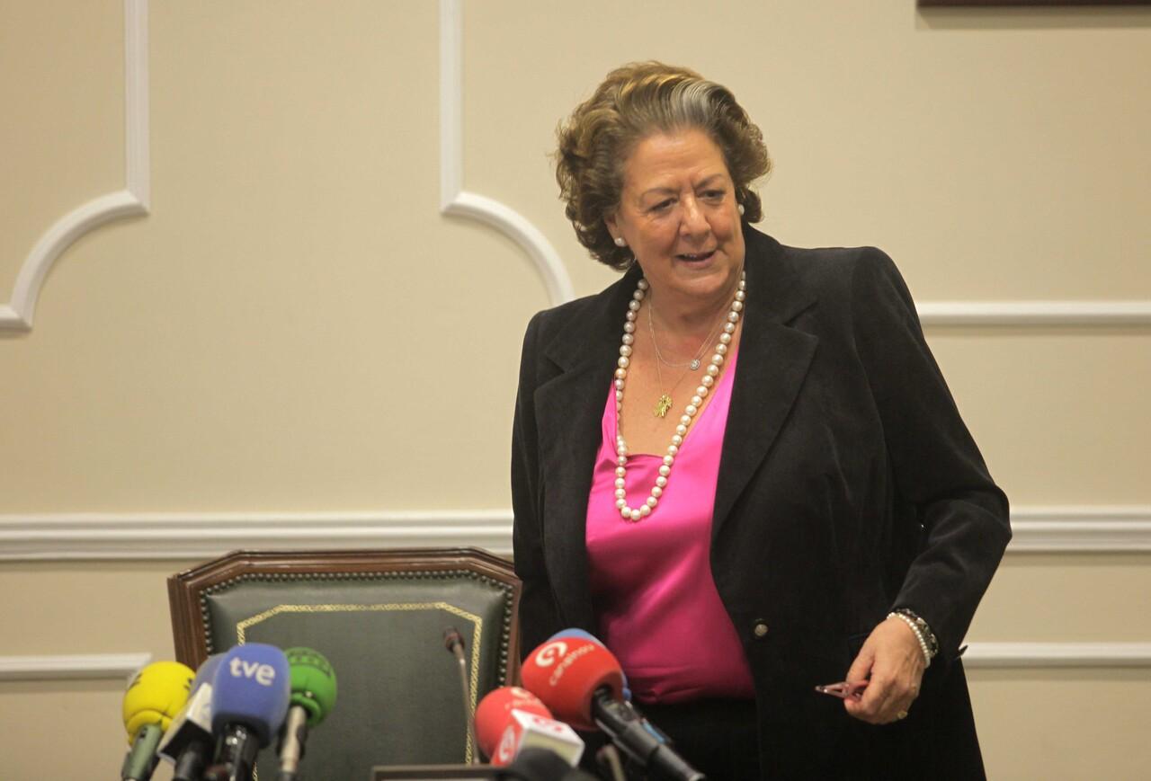 La alcaldesa a punto de empezar la rueda de prensa sobre los presupuestos/ayto vlc