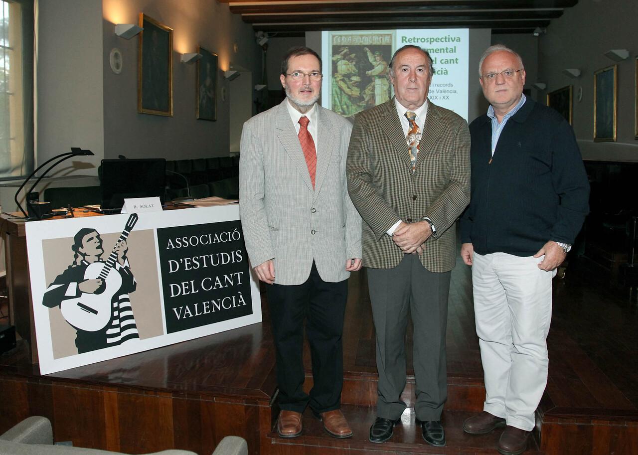 Carles A.Pitarch, Manuel Marzal, presidente de AECV, y Rafael Solaz/manolo guallart