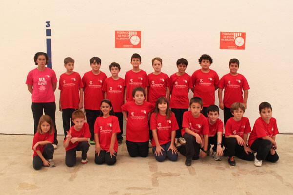 Xiquets de les escoles de pilota de la ciutat de València. Foto: Federació de Pilota Valenciana