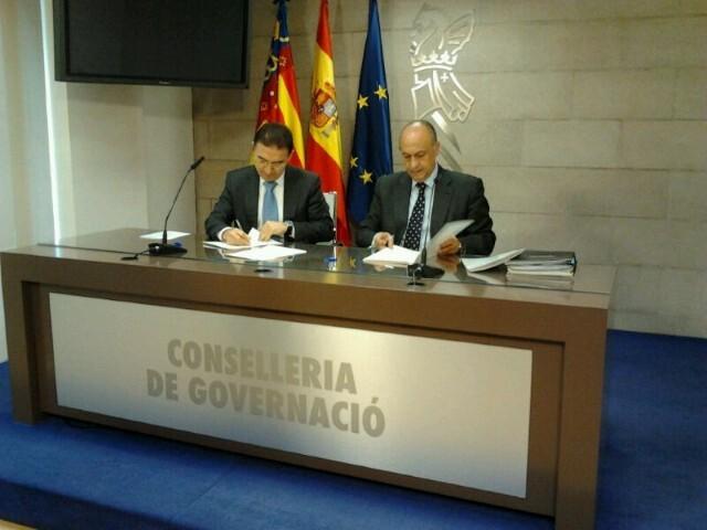201212_foto_nota_gobernacion_falleros (Small)