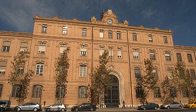 Fachada del edifico del ayuntamiento en el antiguo recinto de Tabacalera/ayto vlc