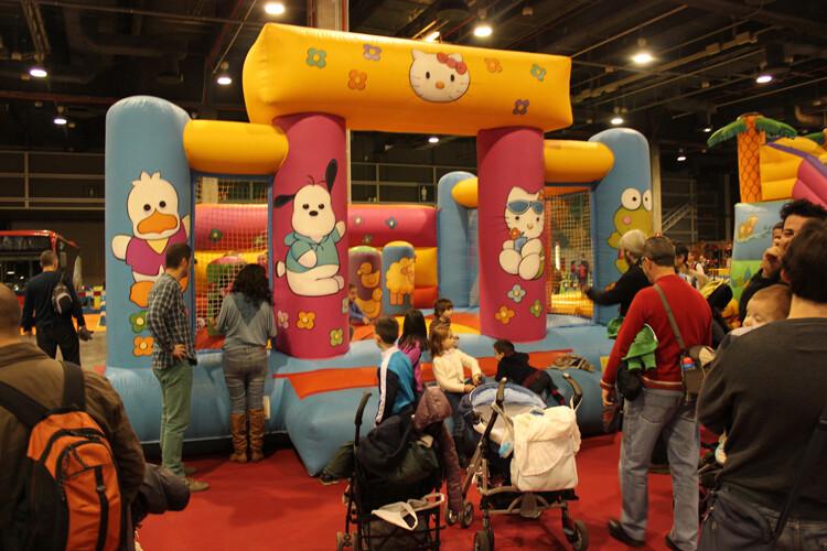 Un hinchable en Expojove 2012