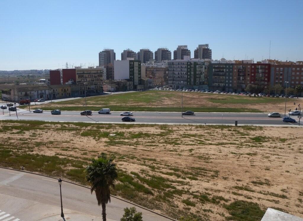 Vista del Parque Sud en la zona de San Marcelino y San Vicente/aavv san marcelino