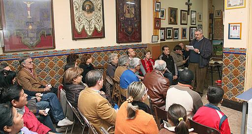 El cofrade José Ángel Crespo en el acto del año pasado realizado en el local social/m.guallart