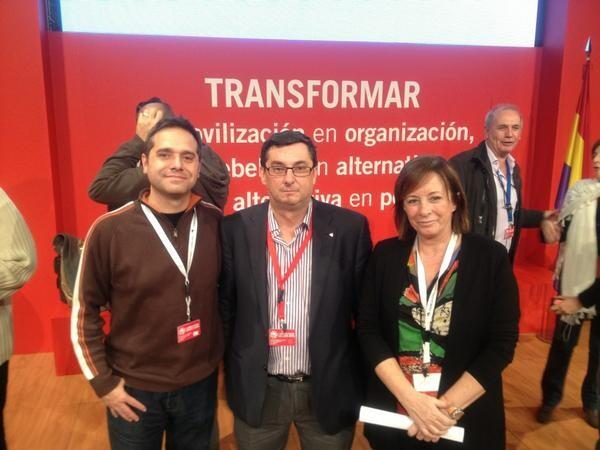Amadeu Sanchis y Marga Sanz con el secretario general del PCE, José Luis Centella, en la asamblea de IU/a.s.