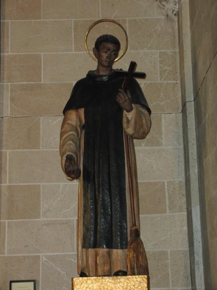 San Martín de Porres en la capilla de la patrona en la Basílica de San Vicente Ferrer/basílicasanvicenteferrer