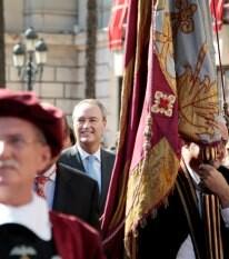 Fabra en la procesión cívica del Nou d´Octubre
