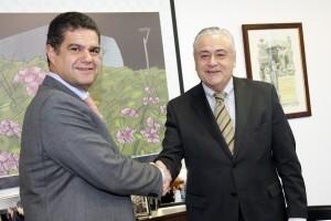 Tello y Catalá firma el acuerdo que sella Teyoland para siete años/fv