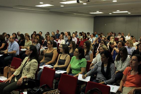 Asistentes a una de las charlas de la Fundación Cuadernos Rubio/vlc10