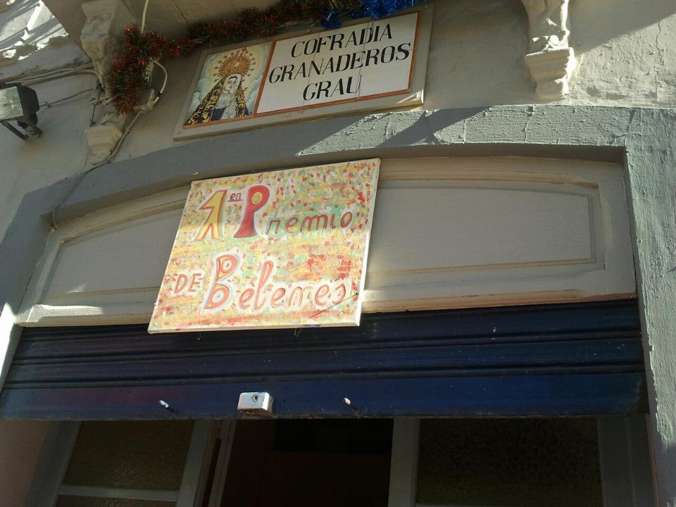 Los granaderos del Grao colgaron el cartel de primer premio en la entrada a la cofradía/granaderos grao