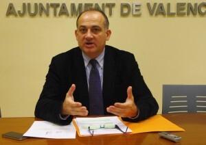 El portavoz socialista, Joan Calabuig, en la rueda de prensa de hoy en la que ha hecho balance de 2012/pspv