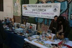 Puesto del rastrillo pro Lorca de la Asociación de Vecinos de Patraix/aavvv patraix