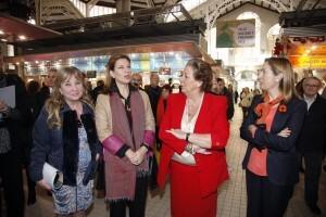 La edil de Mercados, la delegada del Gobierno en la Comunidad, la alcaldesa y la Ministra de Fomento/ayto vlc
