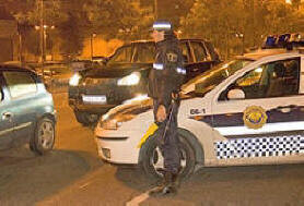 Un agente del grupo GOE de la Policía Local de Valencia/Policía Local