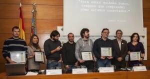 Los premiados de la Oimed 2012 posan con todos los galardones en el Palau de Pineda/isaac ferrera